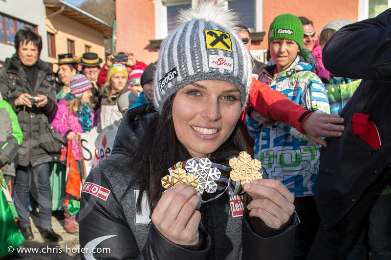 Anna Fenninger beim Empfang in Adnet, 2015-02-14, Foto: Chris Hofer