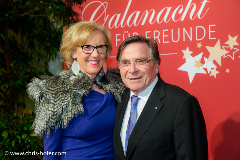 VIENNA, AUSTRIA - MARCH 19: Elmar Wepper with his wife Anita attend Karl Spiehs 85th birthday celebration on March 19, 2016 in Vienna, Austria. (Photo by Chris Hofer/Getty Images)