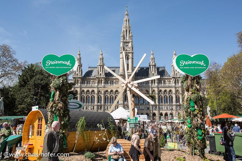 Eröffnung Steiermarkdorf beim Rathaus Wien, 2015-04-16; Foto: Chris Hofer, Bild zeigt: