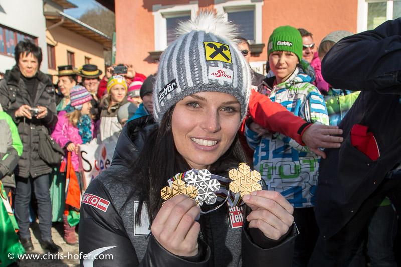 Bilder :: Empfang für Ski-Star Anna Fenninger in Adnet